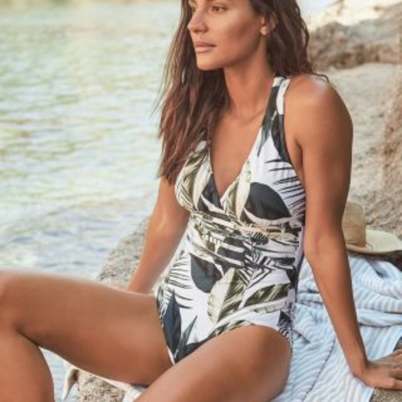 La Blanca Other - NEW La Blanca Moment of Zen Swimsuit Multi Strap